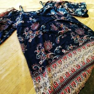 Angie Cold Shoulder Floral Tunic, Large.